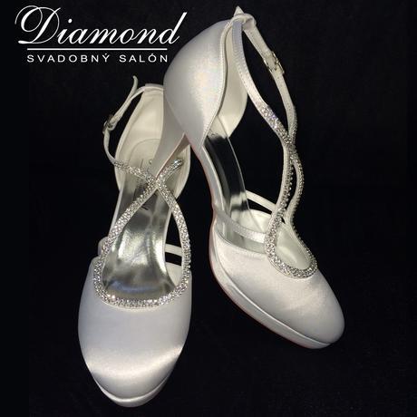 Snehobiele saténové svadobné topánky, 39