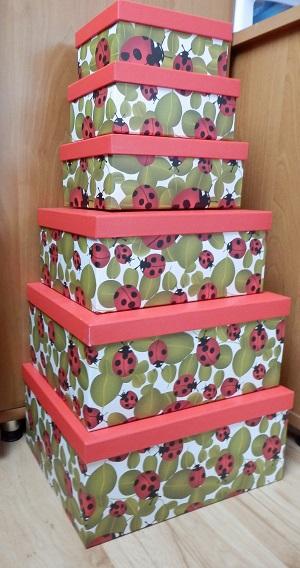 ozdobné krabice,