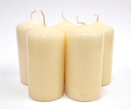 Sviečka valec krémový 10cm,