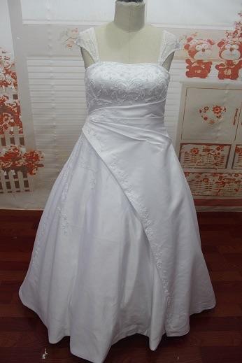 Biele saténové šaty, veľ40-44, 40