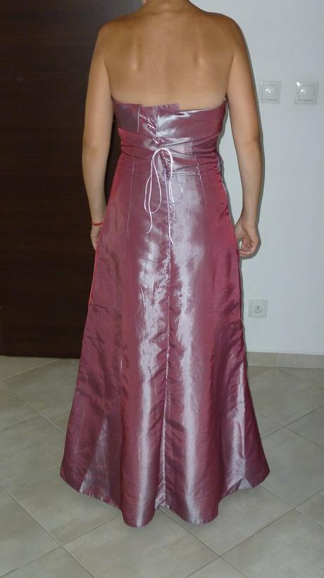 Spoločenské šaty staroružovej farby, 38