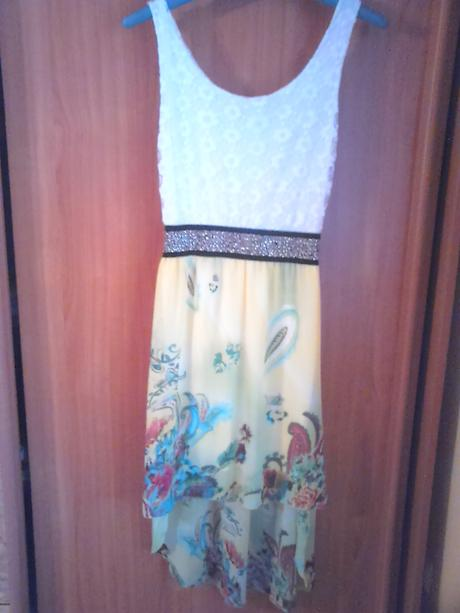 Žlté šaty., 36