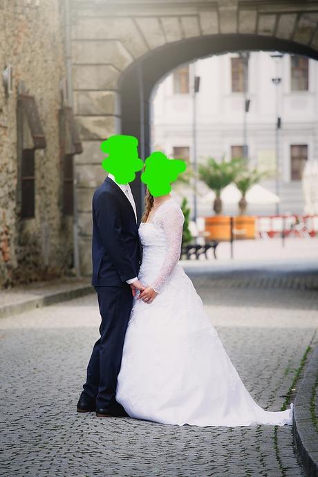 Krajkové svatební šaty vel. , 38