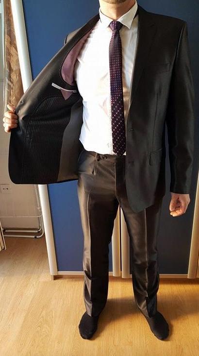 Černý slim oblek vel. m-l ef38af4f75