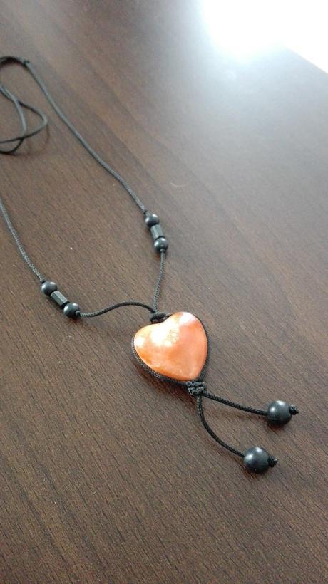 prívesok srdcový kameň,