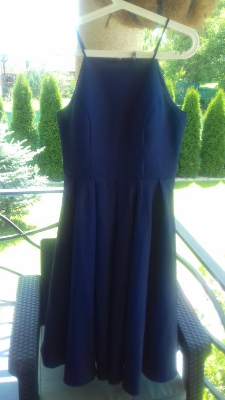 Slávnostne šaty zn. CHI-CHI, 40