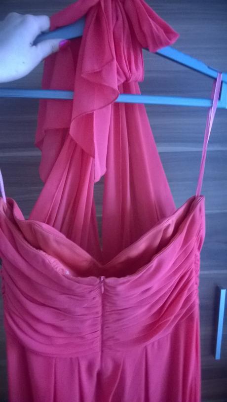 1x oblečené šaty, 46