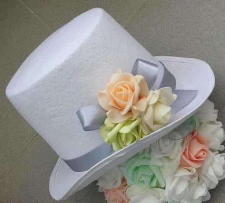 Bílý cylindr na svatební auto - růžová + bílá,