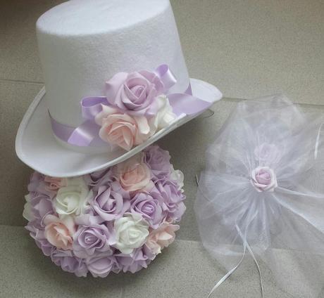 Bílý cylindr na svatební auto-růžová/lila/bílá,