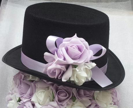 Buket na svatební auto fialovobílý SKLADEM,