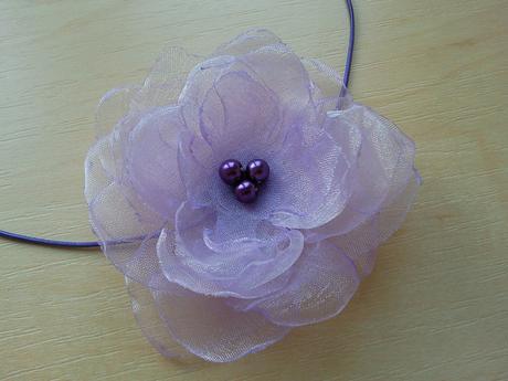 Čelenka pro malou družičku v lila barvě,