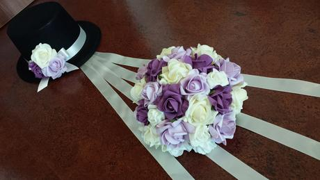 Cylindr na svatební auto lila-fialová-krémová,