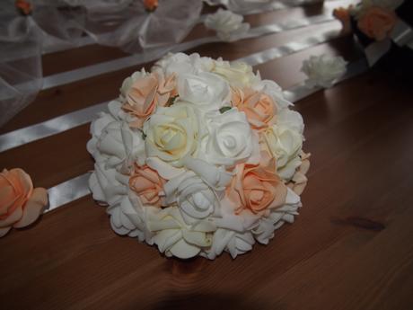 Cylindr na svatební auto -  meruňková+bílá+ivory,