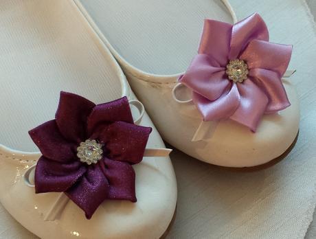 Klipy na boty pro nevěstu - fialový kvítek,