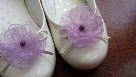 Klipy na boty pro nevěstu - lila květ,