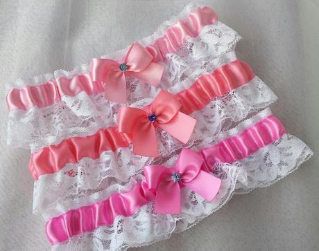 Klipy na boty s růžovou mašličkou a brožičkou,