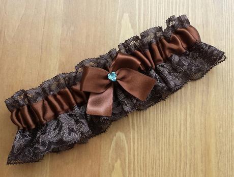 Krajkový čokoládový SW podvazek, 42