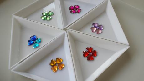 Květinky na scrapbooking, vývazky či jiné dekorace,