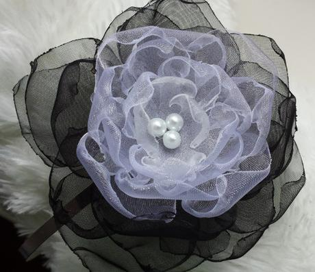 Malinová/fuchsiová kytička pro družičku do vlasů,