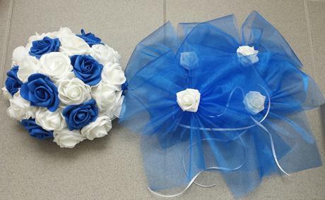 Modrá mašle na zrcátka/kliky bílá květinka vel. L,