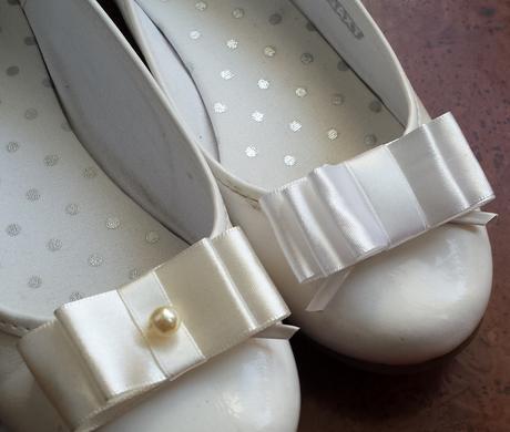 Perličkový ivory svatební pásek, 42