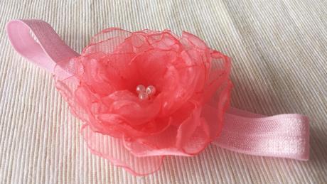 Růžová čelenka pro malou družičku,