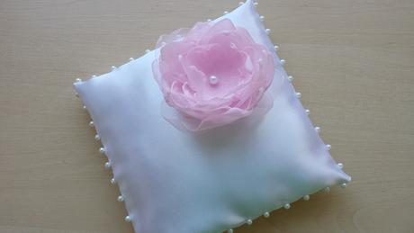 Růžový saténový podvazek - DOT DOT DOT - POSLEDNÍ , 36