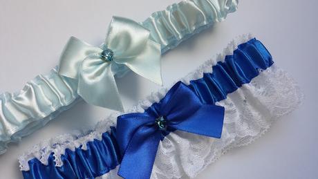 Sada  bílo/modrých SW podvazků, 42