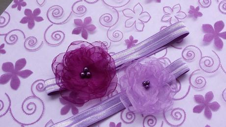 Tmavě fialová kytička pro družičku do vlasů,