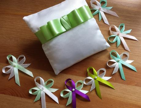 Zelené vývazky - více odstínů,