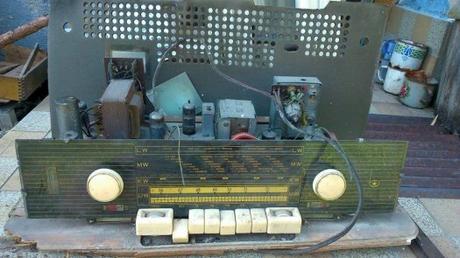Zvysky stareho radia Bernau-Nauen 60roky,