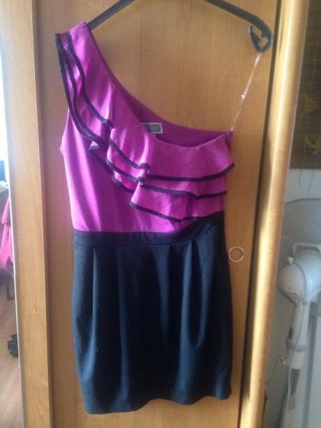 krátke šaty, L