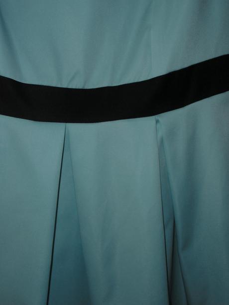 modré šatky, 38