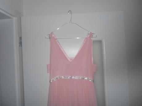 Spoločenské šaty bledoružové, M