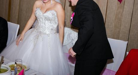 Luxusné svadobné saty, 36