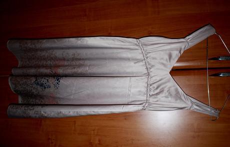 Tehotenské spoločenské šaty, 37