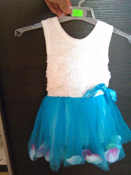 Šaty pre malú družičku, 74