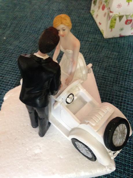 Figurka novomanželé,