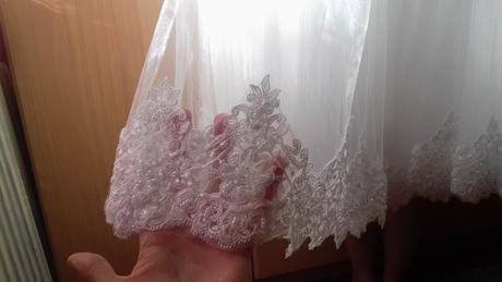 svadobné šaty , 38