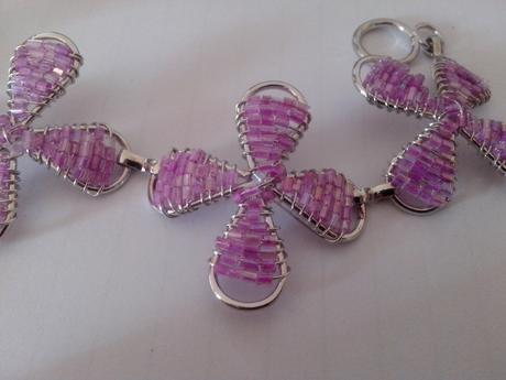 Náramok  s perličkami -pastel lilac,