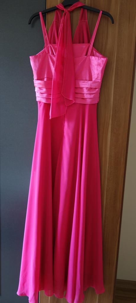 Pekné cyklamenové šaty, 40