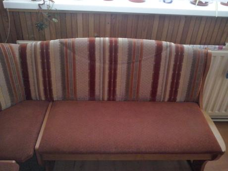 Rohová lavica+stoličky,