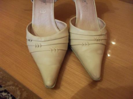 Spoločenské topánky pastelovej farby, 38