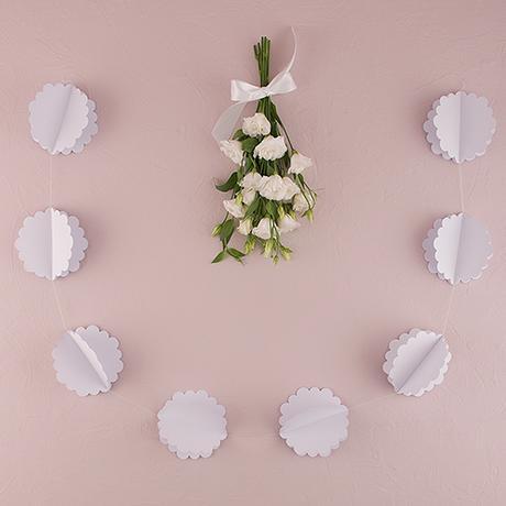 3D Kvetinová Papierová Girlanda - Biela,