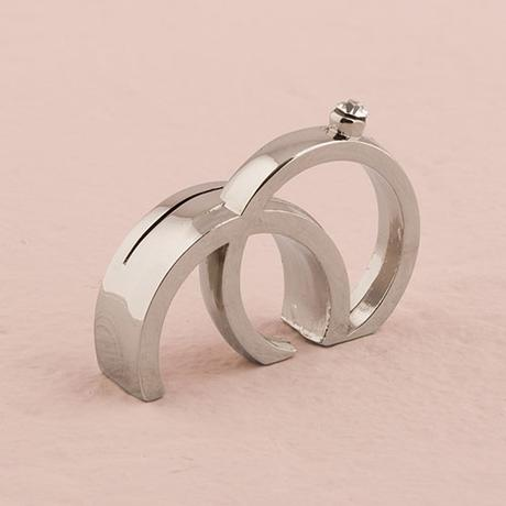 Držiak na menovku - Dva prstene s kryštáľom,