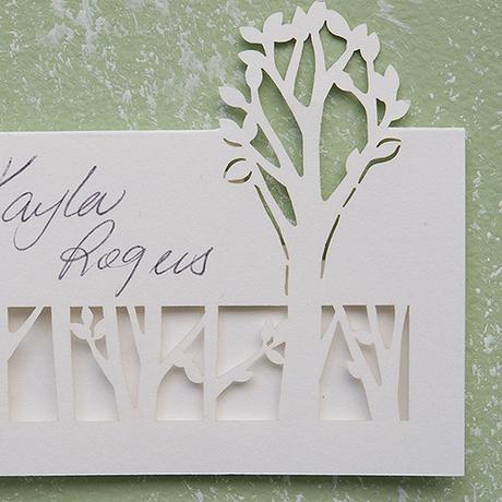 Menovka pre hostí - Vyrezávaný Strom,