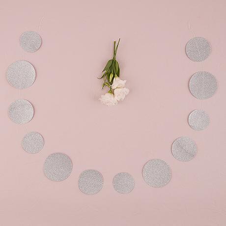 Papierová Girlanda - Trblietavé Kruhy - Strieborná,
