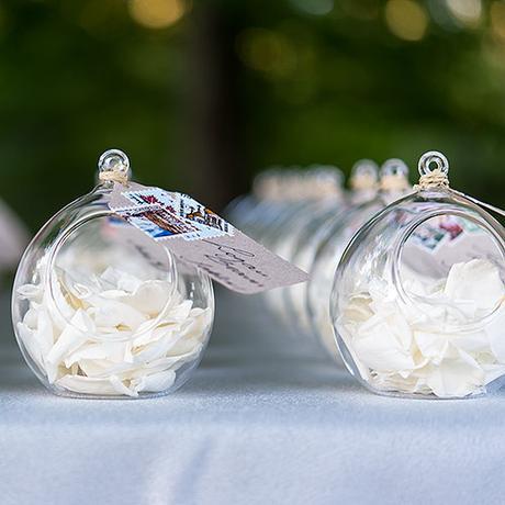 Sklenené dekoračné gule,