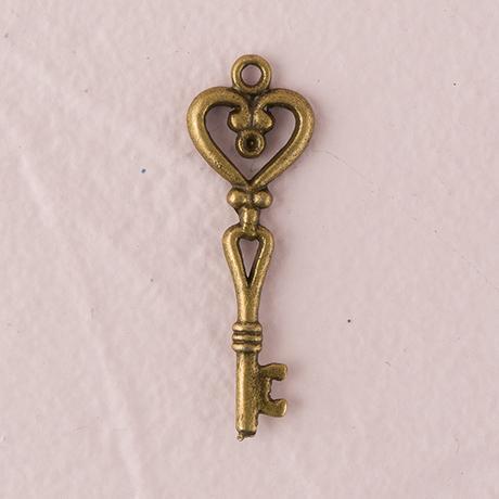 Starožitný kľúč - Srdce,