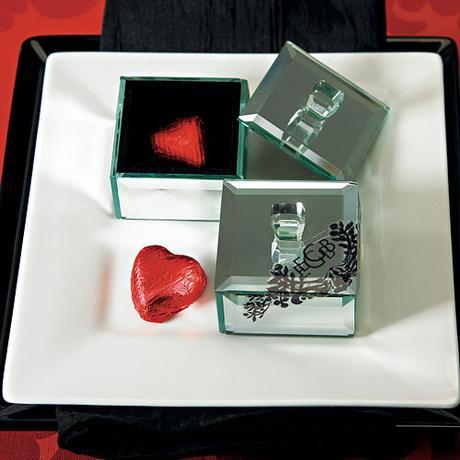 Zkradlová Krabička s Vekom - Malá,